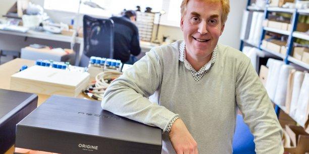 Stéphane Even pose à côté du lecteur dernier-né, Origine. 35.000 € et un châssis de 28 kg…