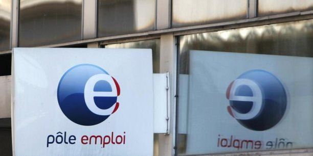 Le ministre du Travail a décidé de geler les obligations liées aux franchissement des seuils sociaux (10, 50 salariés) pour mesurer l'impact sur l'emploi.