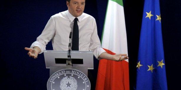 Matteo Renzi assure qu'il va respecter les clous budgétaires fixés par Bruxelles. L'un de ses principaux axes pour réduire les dépenses et de s'attaquer au coût du politique. Il dit aussi travailler à une autre Europe. (Photo : Reuters)