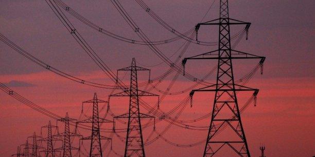 La facture de courant s'est envolée de 49% en moyenne depuis 2007 pour les clients aux tarifs réglementés utilisant un chauffage électrique et de 56% pour ceux utilisant un autre mode de chauffage, pointe le rapport.
