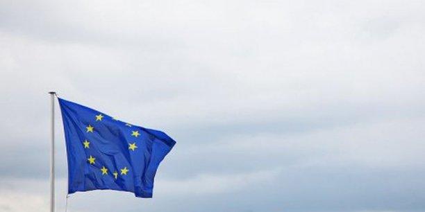 L'union des marchés de capitaux doit être mise en oeuvre progressivement, d'ici à 2019.