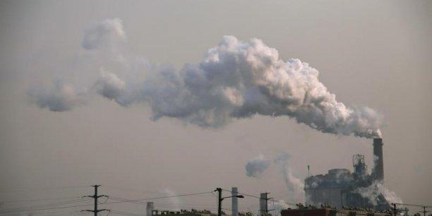 Les inégalités de revenus expliquent de plus en plus les inégalités des émissions de CO2, pointe Thomas Piketty.
