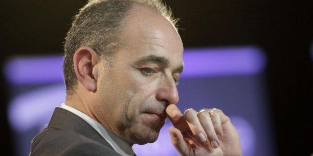 Le président de l'UMP, Jean-François Copé, sauvera-t-il son poste lors du bureau politique du parti demain 27 mai?