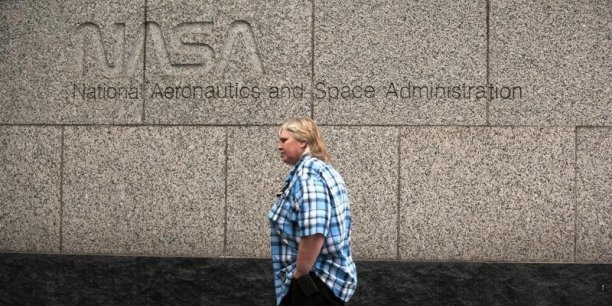 Les Etats-Unis ont mis fin au programme de navettes spatiales en 2011. Le secteur privé s'emploie à construire des engins spatiaux pour transporter des astronautes vers la Station spatiale internationale (ISS) d'ici à 2017.