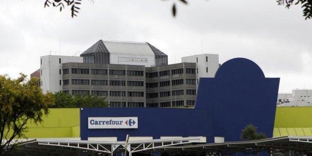 La famille Moulin possède désormais 74.282.174 actions au sein du groupe de grande distribution Carrefour et 8,89% des droits de vote.