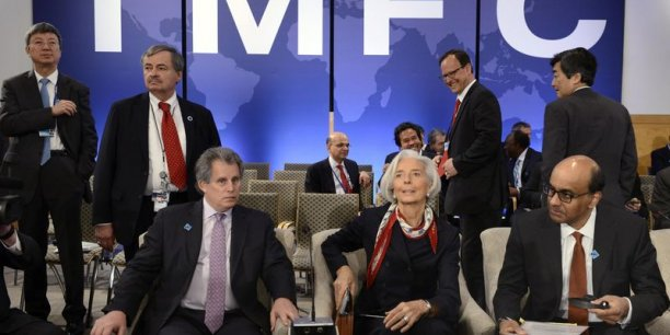Le FMI rappelle que le plan d'aide accordé à Kiev vise à rétablir la stabilité macro-économique et à relancer la croissance du pays.