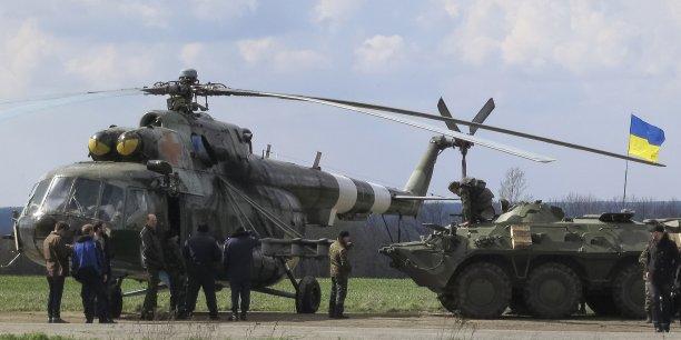 Kiev a déployé des blindés dans l'Est de l'Ukraine ce 15 avril. (Photo Reuters)