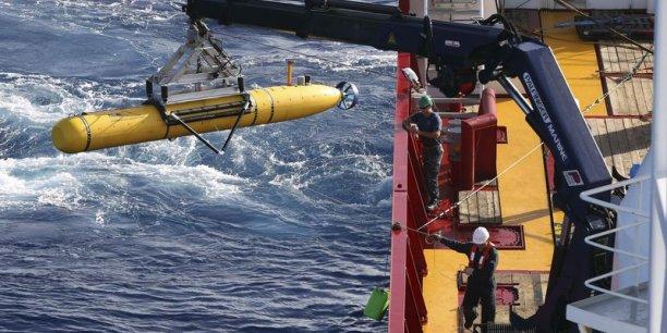 La première campagne de recherches sous-marines avait été menée dans une zone de 314 km2, où un signal avait été capté le 5 avril pendant 13 minutes. REUTERS.