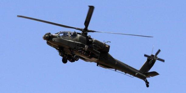 Les Etats-Unis et le Qatar ont conclu lundi un accord portant sur la livraison à l'émirat d'hélicoptères de combat Apache ainsi que de missiles Patriot et de systèmes de défense anti-aérien Javelin.