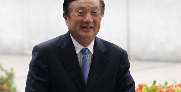 Ren Zhengfei, 69 ans, le fondateur de Huawei, détient 1,4% du capital de l'entreprise dont le reste est détenu par les salariés chinois.