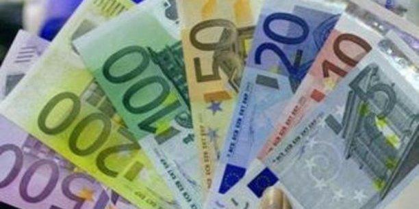 L'euro a reculé jusqu'à 1,37 dollar