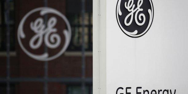 Ces négociations interviennent au moment où GE a décidé de céder pour 200 milliards de dollars d'actifs dans les deux ans (186 milliards d'euros).