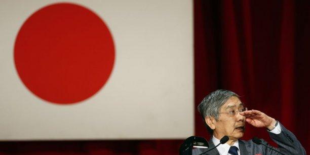 La banque centrale a jugé que l'économie japonaise continuait de se reprendre de façon modérée et que les prix au détail (hors ceux des produits périssables) augmentaient au rythme annuel d'environ 1,25%. (Photo : Reuters)