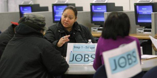 Les économistes attendaient en moyenne 270.000 inscriptions au chômage. Leur nombre s'est élevé à 294.000 dans la semaine au 7 mai.