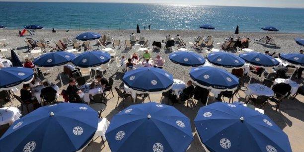 Les familles et les retraités gonflent les statistiques des départs en vacances cette année.