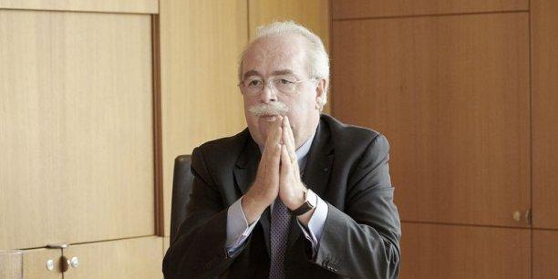Christophe de Margerie, PDG de Total, estime que des obstacles géopolitiques pourraient contrarier son objectif produire 3 millions de barils par jour d'ici 2017.  / DR