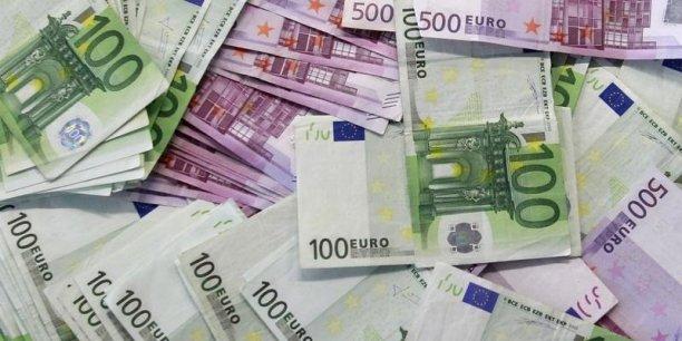 La perspective de taux de dépôt négatifs inquiète la presse allemande
