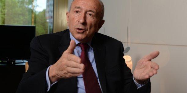 Gérard Collomb apporte son soutien à Emmanuel Macron pour la présidentielle de 2017, si les sondages restent les mêmes pour François Hollande.