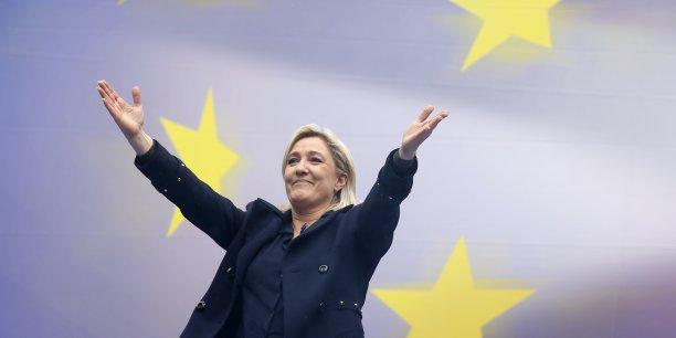 Un tiers des 74 sièges français au Parlement européen devrait revenir à Marine Le Pen. (Photo : Reuters)