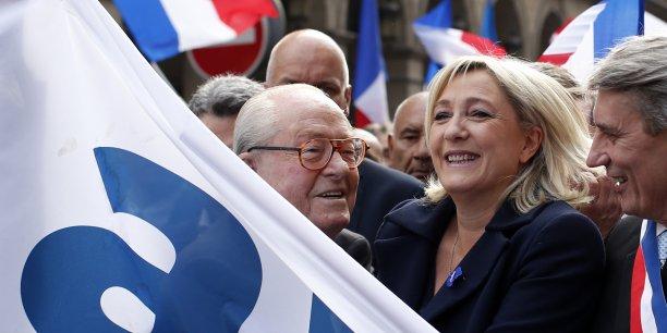 La présidente du Front National compte bien tirer avantage du succès attendu de son parti aux élections européennes