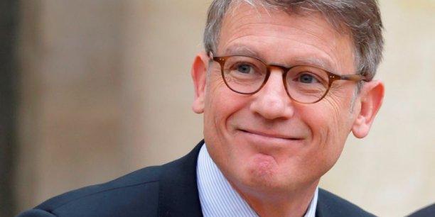 Vincent Peillon reproche à François Hollande et à Manuel Valls d'avoir gouverné avec une base politique trop étroite.