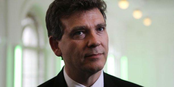 Le ministre de l'Économie, du Redressement productif et du Numérique « incite publiquement les opérateurs à chercher des rapprochements selon les combinaisons qu'ils voudront. »