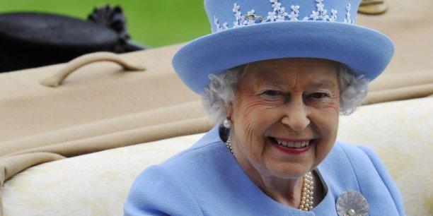 Selon le Sunday Times, la reine Elisabeth II suit de très près le référendum en Ecosse