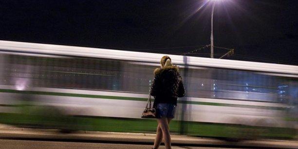 Il y a aussi une prostitution de rue qui est plutôt le fait de réseaux de mafieux et relève plutôt de la traite de personnes en situation irrégulière etc. Pour le coup, le critère de consentement mutuel n'est probablement pas vérifié, considère l'Insee. (Photo: Reuters)