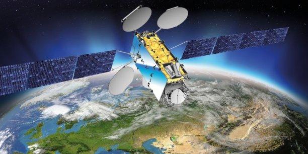 Inmarsat et Hellas-Sat commande un gros satellite de télécoms de 5,9 tonnes à Thales Alenia Space