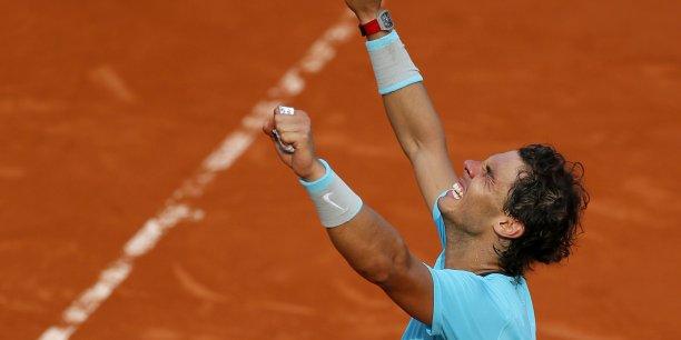 Vainqueur de la finale homme lors de l'édition 2014, Rafael Nadal a remporté 15 fois plus que ce que Björn Borg avait touché lors de l'édition 1979. REUTERS/Gonzalo Fuentes