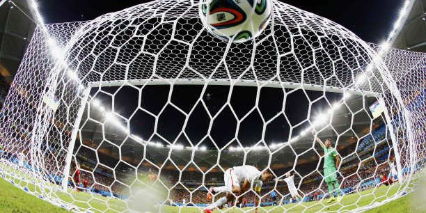 La Ligue 1 de football a-t-elle raté sa renégociation des droits TV ?