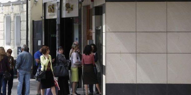 Des queues se sont formées devant les banques bulgares