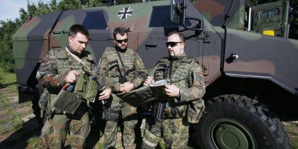 L'Allemagne est l'Allemagne : les Allemands sont formidables, ils adorent les rapprochements, mais quand ils se sentent plus forts (Hervé Morin, ancien ministre de la Défense)