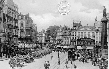 La parade de la garde allemande, Grand-place à Lille, en 1914