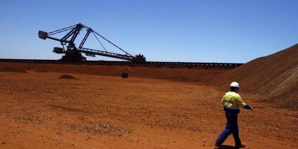 Le géant minier Rio Tinto veut maintenir le même rythme de production de cuivre et mise sur le low cost pour faire face à la chute des cours.