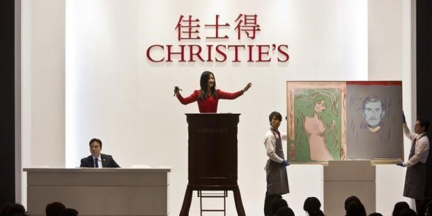 Les collectionneurs devraient alors déclarer leurs biens artistiques à l'ISF.