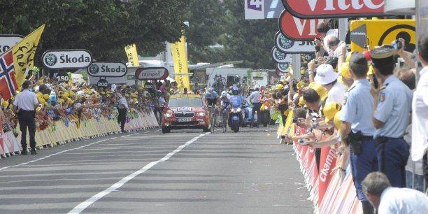 Saint-Etienne n'avait pas accueilli le Tour de France depuis six ans (crédit photo B. Bade).