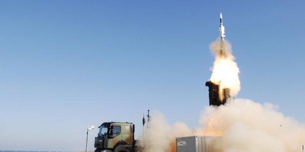 Le programme Aster est le programme de missile tactique le plus ambitieux en Europe, a estimé le PDG de MBDA, Antoine Bouvier