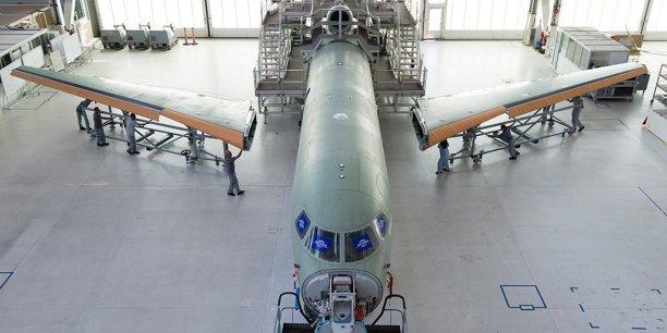 L'assemblage du premier Falcon 8X réussi