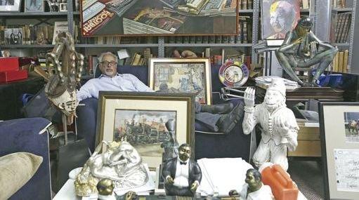 Robert Rogal, directeur de la RoGallery à New York, comptait déjà en août 2013 quelque 6.000 fiches et images d'oeuvres en vente sur le site d'Amazon./ DR