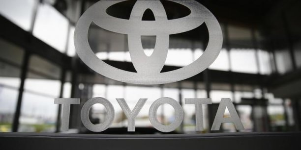 Au premier trimestre 2014, déjà Volkswagen dépassait Toyota et s'asseyait à la place du numéro 1 des ventes de véhicules.  Mais le constructeur nippon a ensuite repris de justesse sa place sur le total des ventes sur l'année.