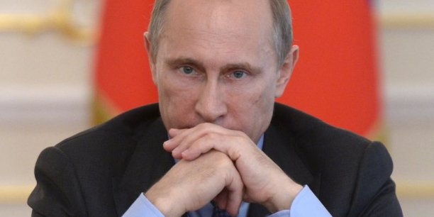 Vladimir Poutine ne souhaite pas rester impassible face aux sanctions européennes. Les importations de fruits et légumes de Pologne ont d'ores et déjà été impactées