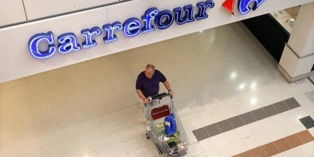 Le chiffre d'affaires en dollars de Carrefour est près de cinq fois moins élevé que celui du mastodonte américain Walmart.