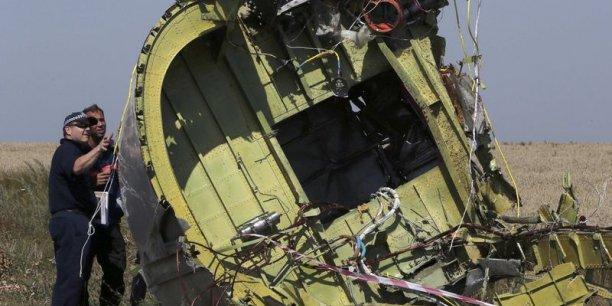 près le drame, Kiev et les Occidentaux ont accusé les séparatistes prorusses d'être responsables de la tragédie, tandis que Moscou et les insurgés avaient accusé Kiev.