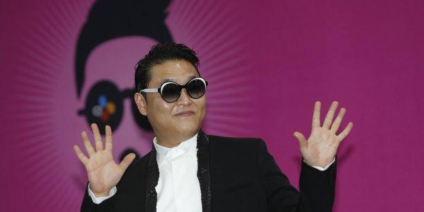 le fonds d'investissement L Capital Asie lié à LVMH va acquérir pour 61 milliards de wons (45 millions d'euros) d'actions préférentielles YG Entertainment, agence artistique sud-coréenne travaillant notamment avec le chanteur PSY (en photo).