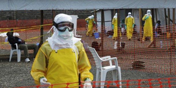 L'épidémie a fait au total 1.427 morts (confirmés, probables ou suspects) dont 624 au Liberia, 406 en Guinée, 392 en Sierra Leone et 5 au Nigeria, selon le dernier bilan de l'OMS.