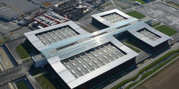 L'exemple de l'usine Eole de Turbomeca (2010) a initié la volonté du Conseil régional d'Aquitaine d'accompagner, voire d'encourager l'industrie aquitaine à moderniser son outil de production, son organisation. Bref, à basculer vers le concept d'Usine du futur