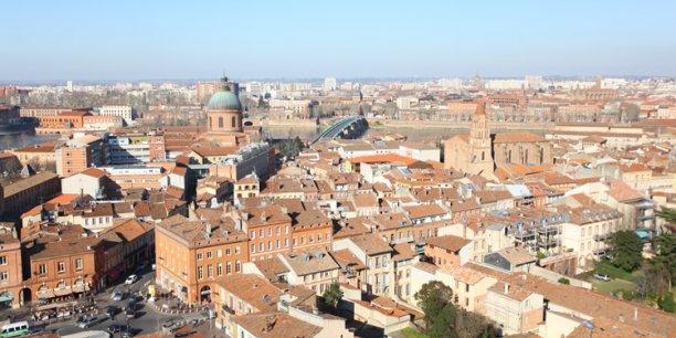 Toulouse voit sa population se rajeunir au fil des années.