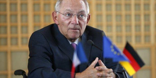 Wolfgang Schäuble défend le maintien d'une politique non coopérative de l'Allemagne au sein de la zone euro.