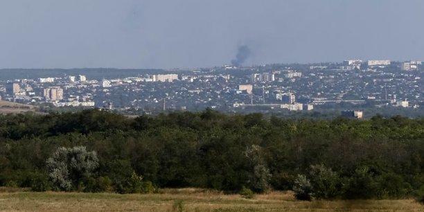 Kiev accuse des soldats russes d'avoir détruit un village à l'Est de l'Ukraine.